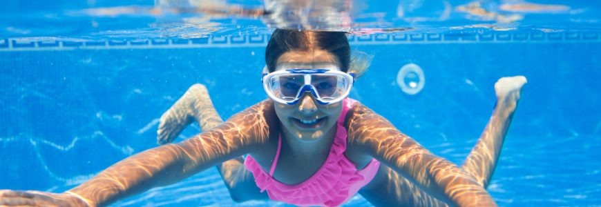 Eye safety tips when swimming
